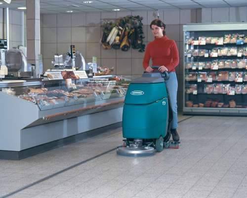 Tennant T3 And T3 Scrubbers With Ec H20 Powervac