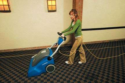 Windsor Nu Wave Wide Area Vacuum Powervac Cleaning