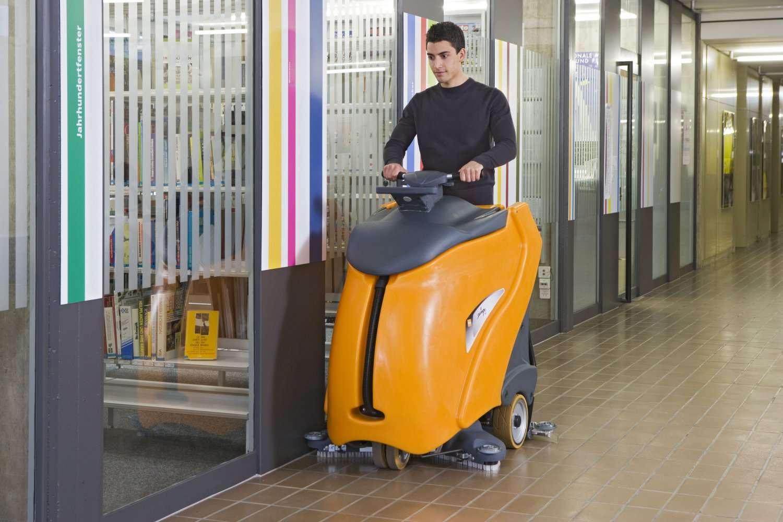 Taski Swingo Xp Stand On Scrubber Powervac Cleaning