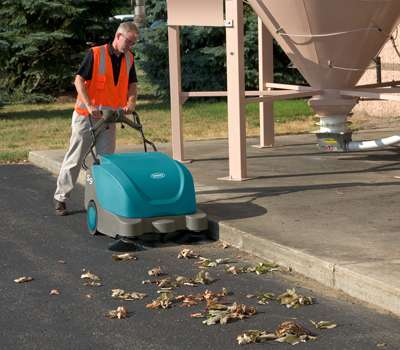 Tennant S9 Battery Sweeper Powervac Cleaning Equipment