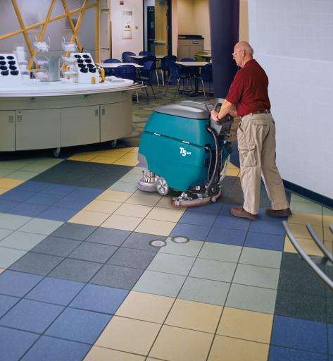 Tennant T5 Scrubber With Ec-H20