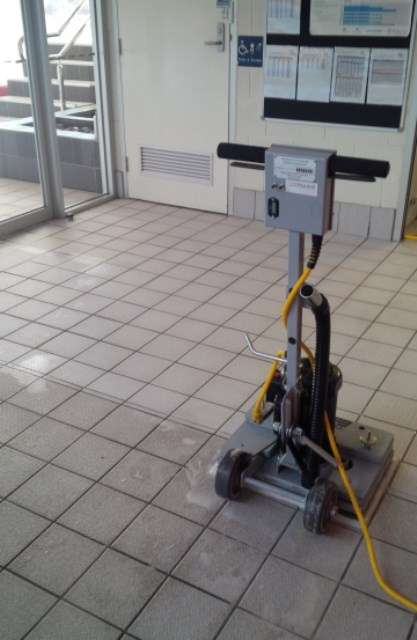 Conquest Edge Stick Floor Scrubbing And Stripping Machine