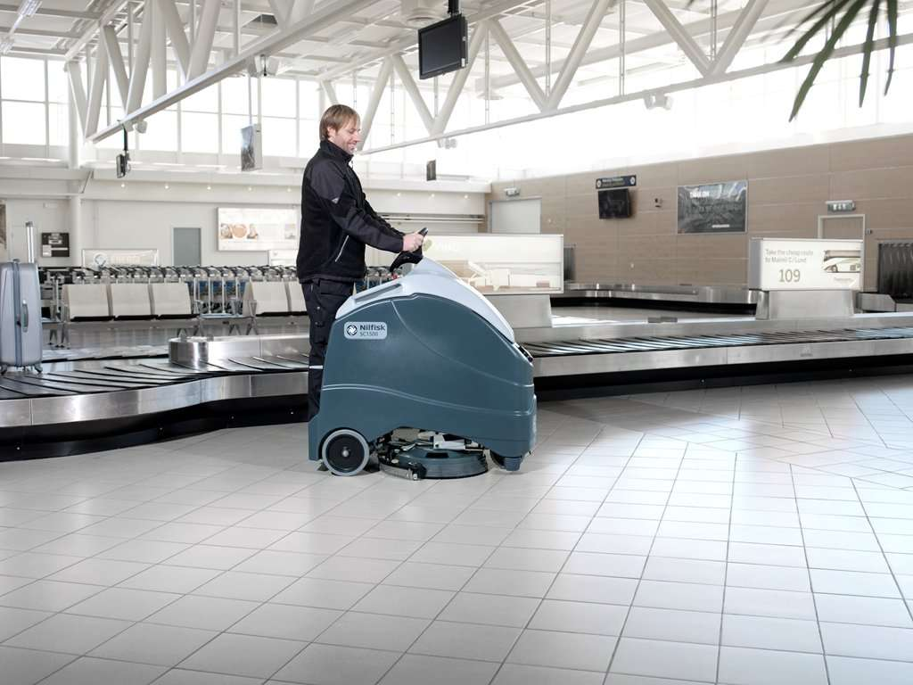Nilfisk Sc1500 Rev Stand On Scrubber Powervac Cleaning