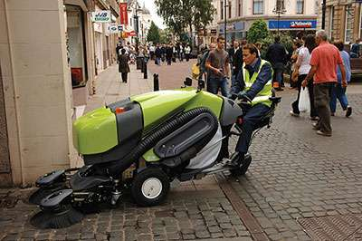 Tennant Green Machine 400 Series Sweeper Powervac